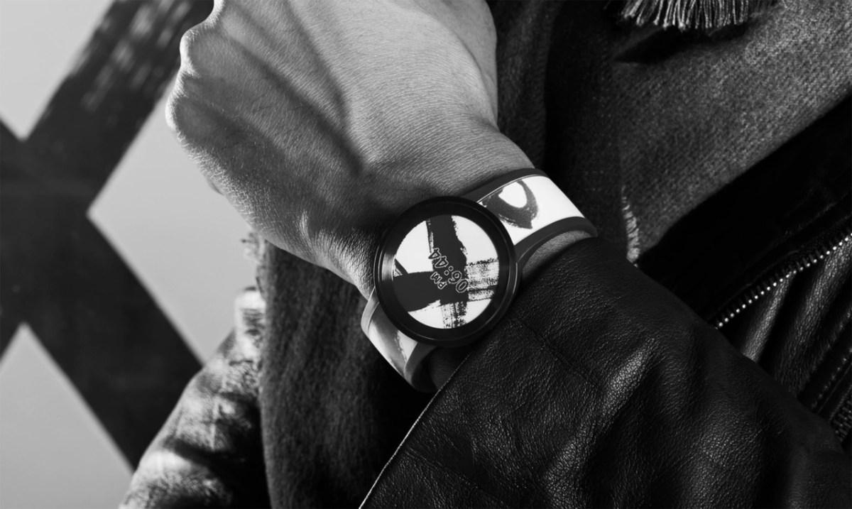 Sony-FES-Watch-B
