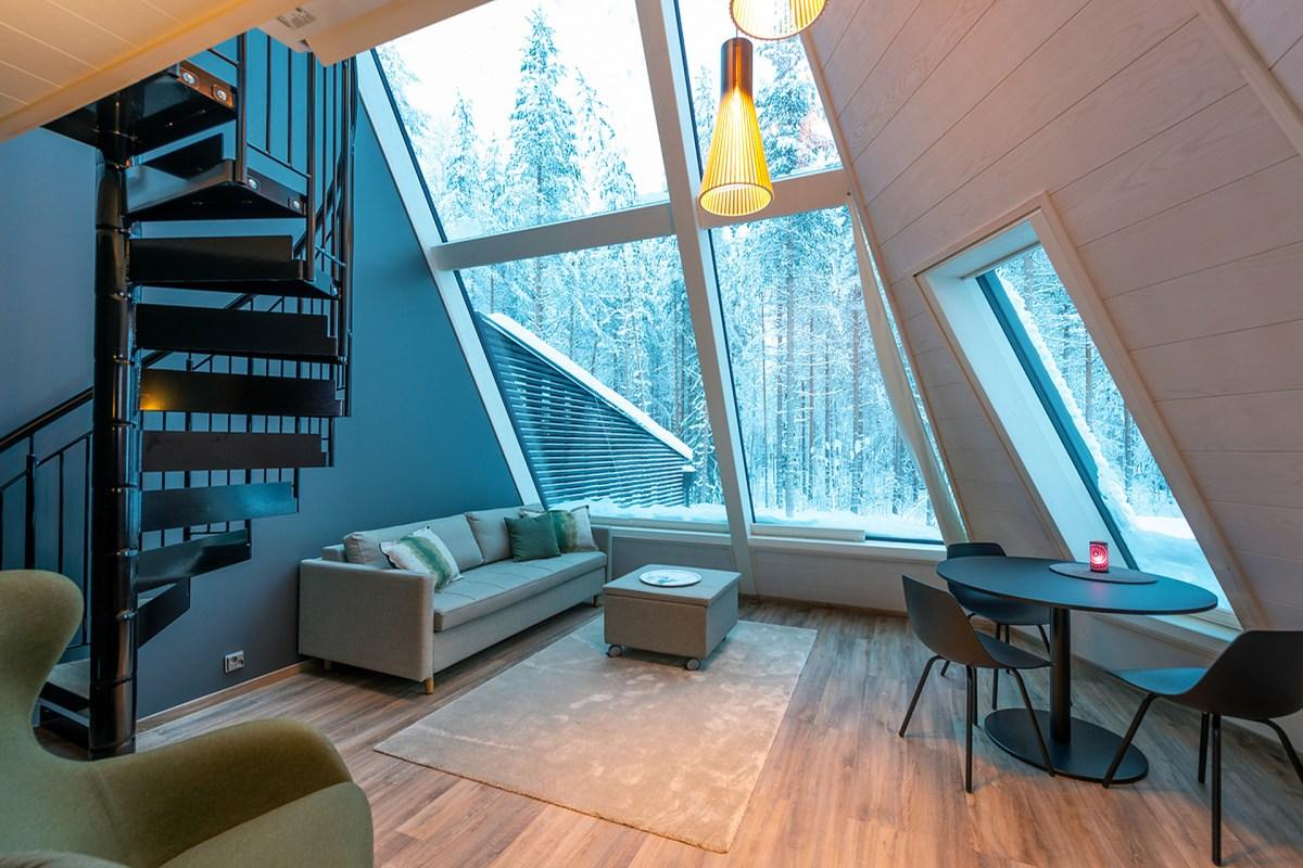 glass-resort-2