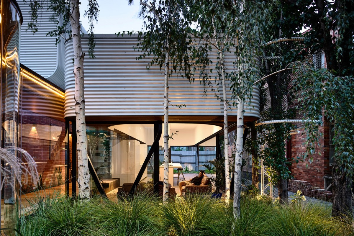 Whimsical, Curvy Melbourne Home