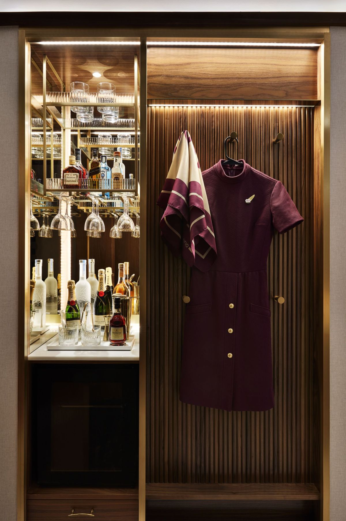 14_TWA_Hotel_Model_Room
