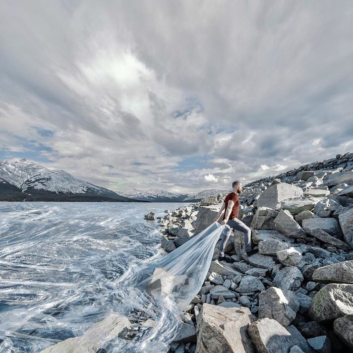 Artist-shows-his-surreal-world-through-digital-art-5c6b9fb51f9af__700