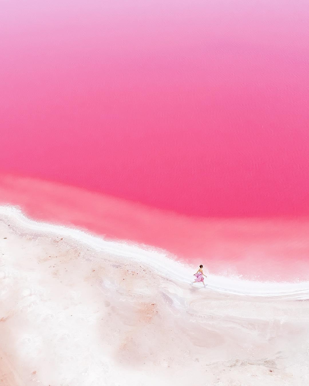 pink lagoon Australia