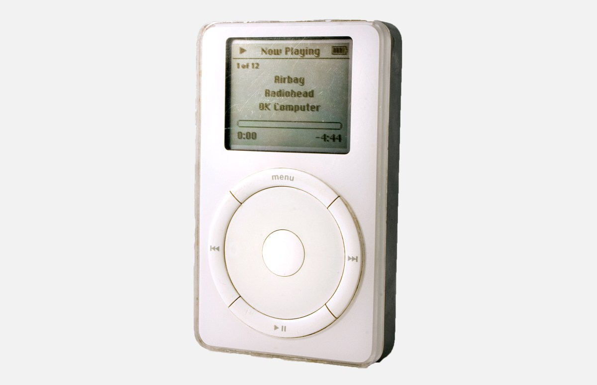 johhny-ive-best-apple-product-iphone-ipod-first-generation-ipod-first-gen-photo-chris-murphy-col_1-1