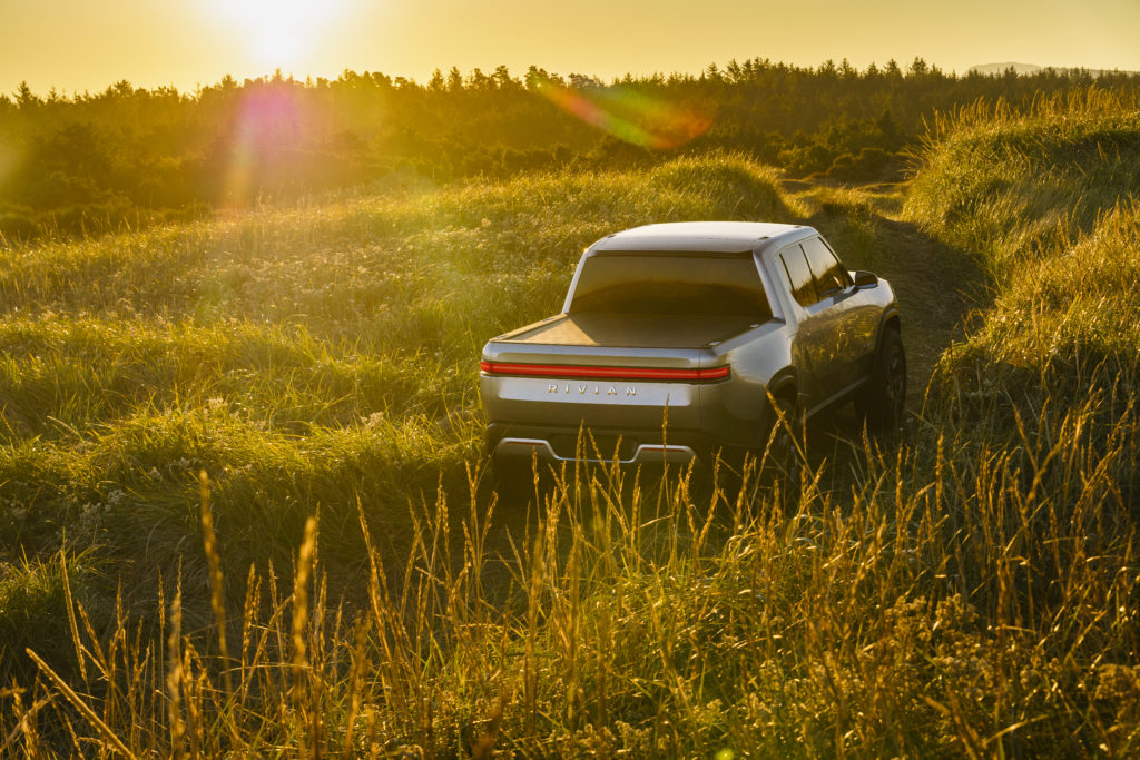 rivian-r1t-electric-pickup-concept_100680078_l