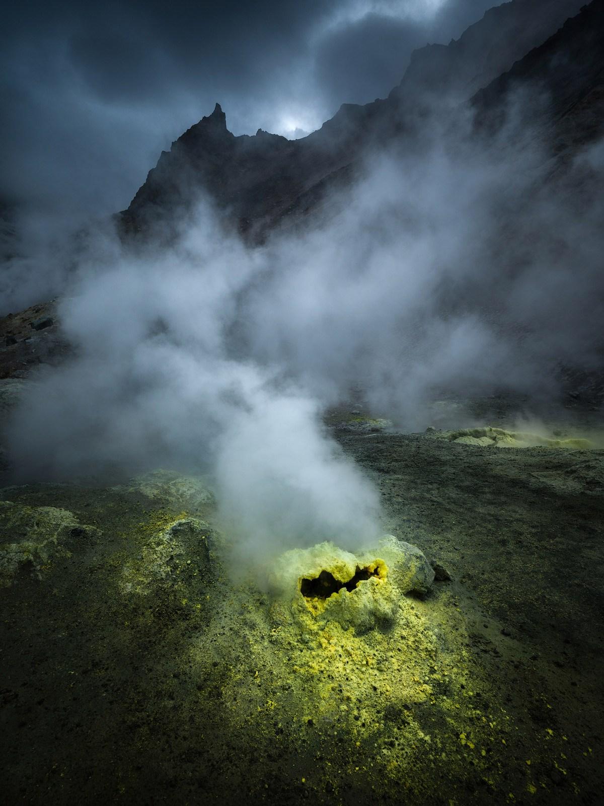 kamchatka-moss-and-fog-4