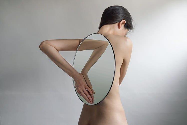 yungcheng-lin-mirror-photographs-1