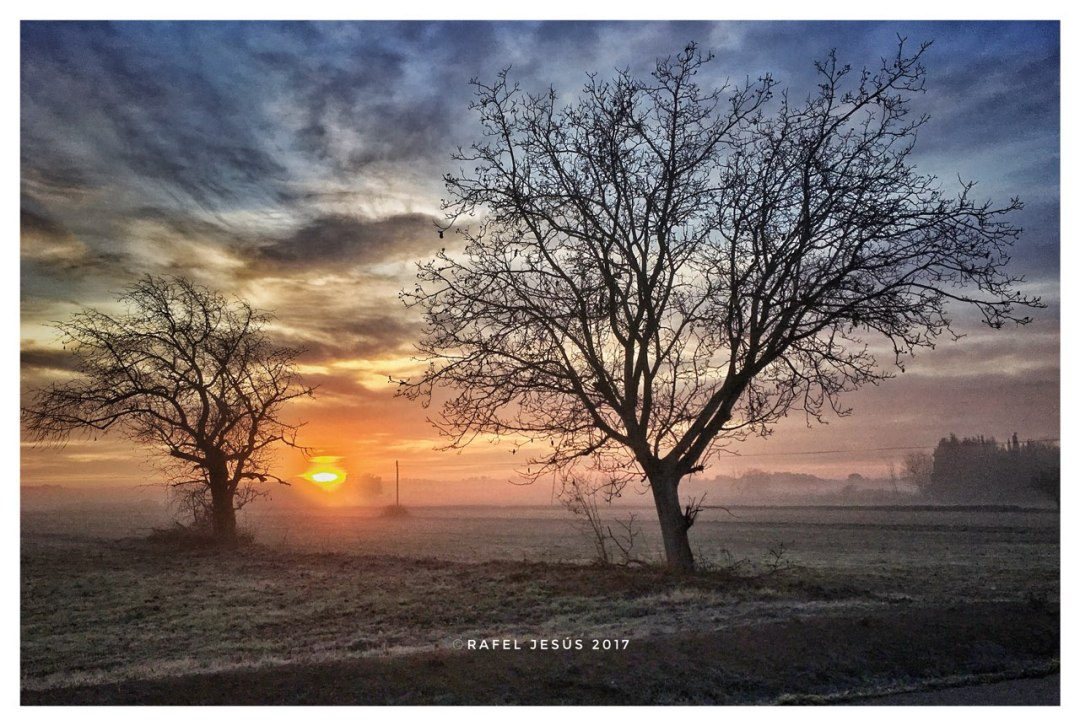 Sortida de Sol creada pel fotògraf Rafel Jesús