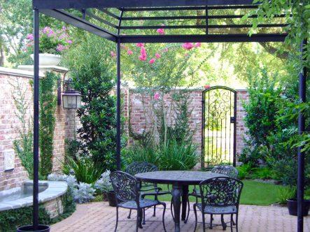 kayle-miller-courtyard