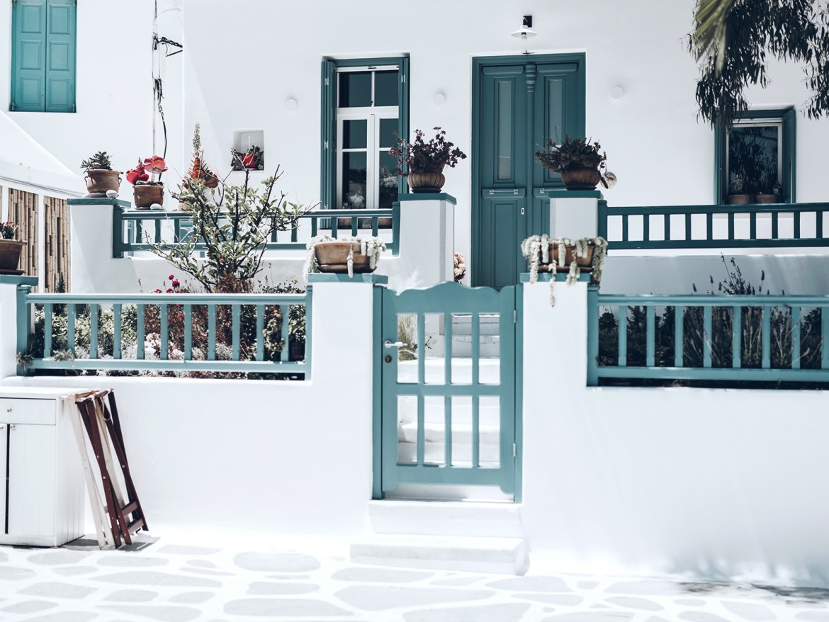 MYKONOS, WHITE PAINTED PARADISE