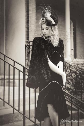 faye-black-dress-07