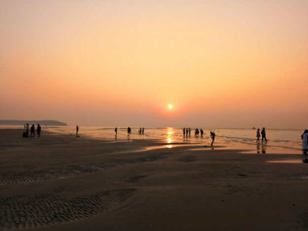 beaches of goa MIRAMAR