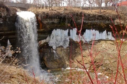 Minnehaha Falls - Liquid and Frozen