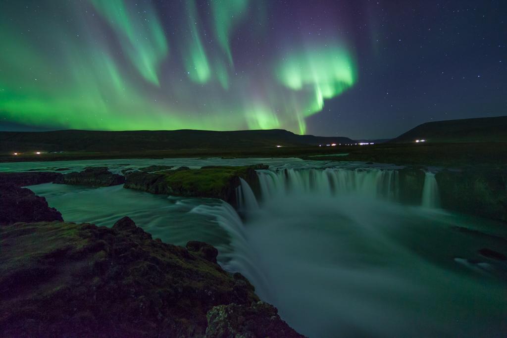 auroraborealisnorthernlightsgoddafoss