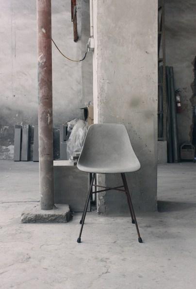 d-hauteville-concrete-chair-gessato-8-1024x1505