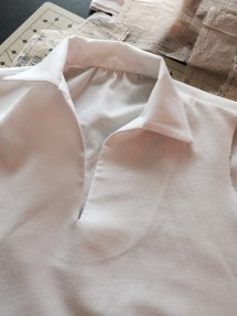 Collar and placket ready for buttonholes or eyelets