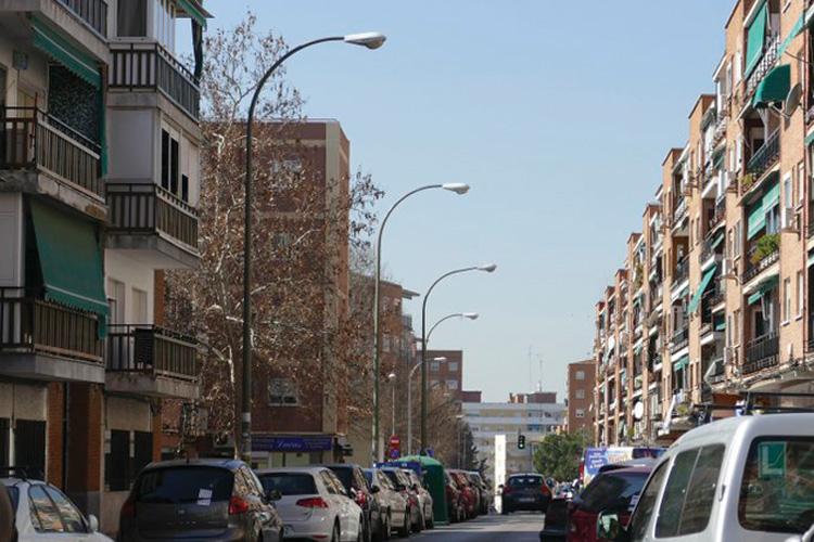 El Ayuntamiento peatonaliza varias vías para garantizar las distancias sociales durante las salidas