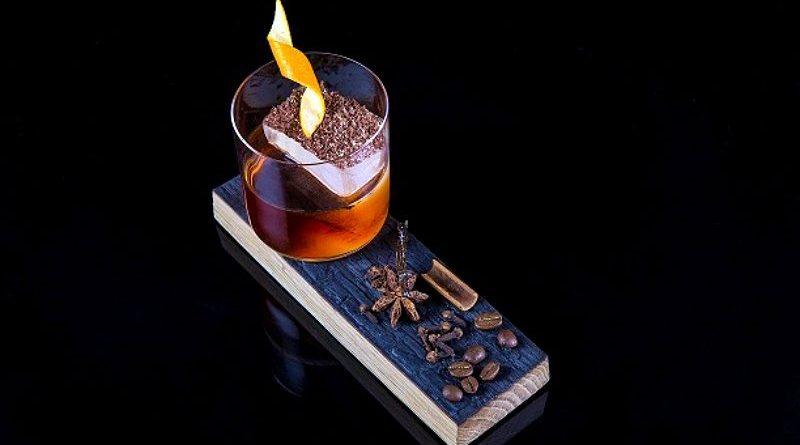 Un cóctel para celebrar la noche más larga del año