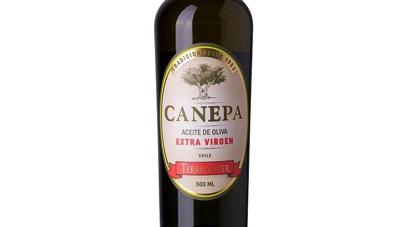 El aceite de oliva ayuda amejorar el sabor de las comidas