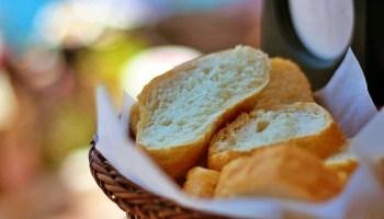 Quedarnos en casa puede ser una buena instancia para estar en familia, por eso los expertos de Thomas Elektrogeräte entregan tres recetas para hacer pan