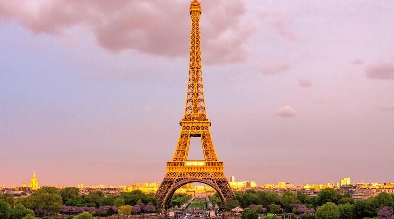 El vodka Grey Goose y el licor St. Germain te invitan este 14 de julio a celebrar el Día de Francia con dos cócteles de sabor galo.