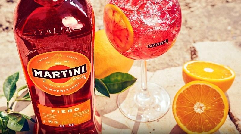 La marca italiana Martini cierra el año con un gran lanzamiento: Fiero, un vermouth innovador, diferente, muy fresco y moderno.