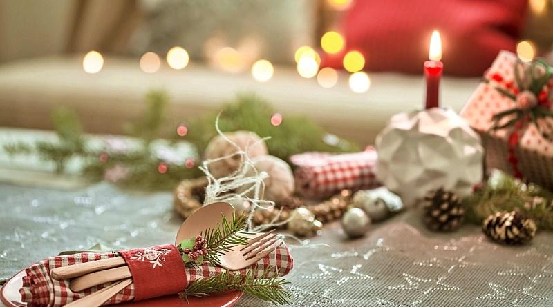 Quedan pocos días para la navidad y año nuevo, y -si aún no tienes definido donde irás a cenar- acá te dejamos algunas opciones fuera de casa.