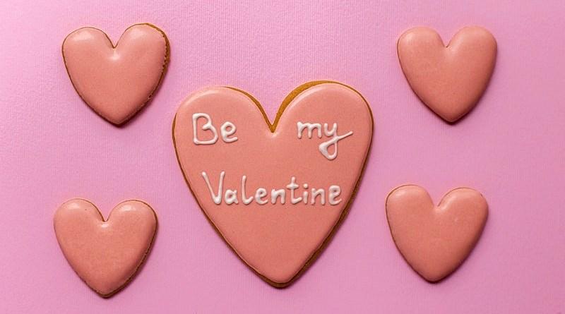 Cada 14 de febrero se celebra el Día de los Enamorados, fecha en la que tendemos a regalar algún detalle que refleje nuestros sentimientos hacia la persona amada.