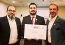 Marcelo Arriagada resultó elegido como el Mejor Sommelier de Chile 2021 en la competencia organizada a fines de febrero por la Asociación Nacional de Sommeliers de Chile (ANSC).