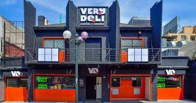 Bajo el nombre de Very Deli fue presentada una nueva plataforma de cocinas no ocultas para delivery y take away de comidas.