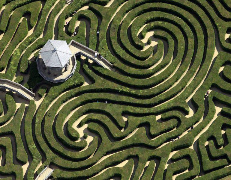 spiral headrow maze
