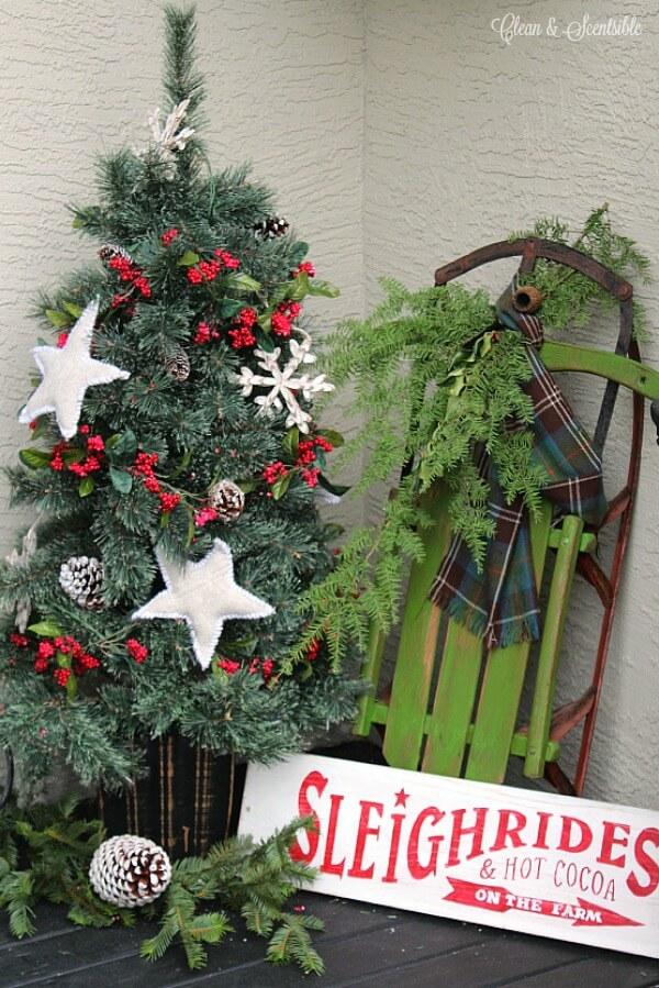 Christmas decorations, Christmas porch decorations