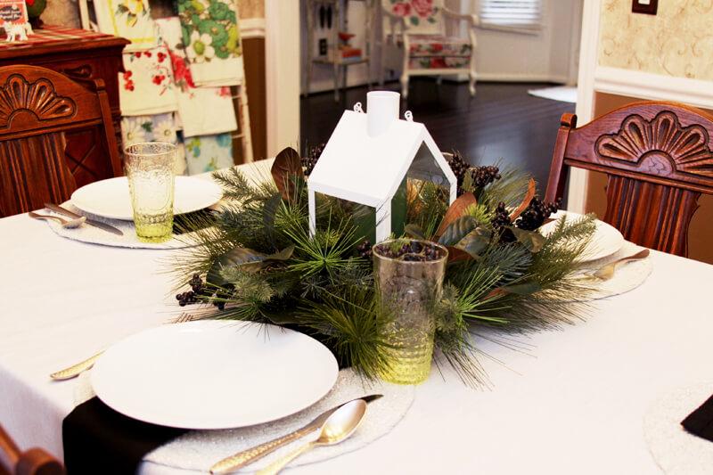 Christmas table settings, Chrstmas tablescape