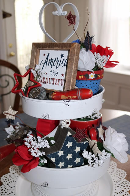 Week 235 - Patriotic Tiered Tray from Amy's Creative Pursuits