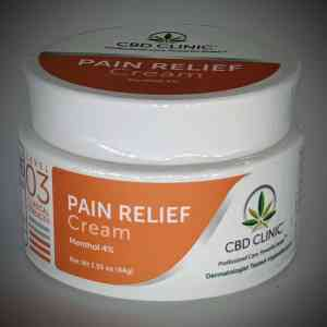 CBD CLINIC™ Level 3 Clinical Strength - Moderate with 4% Menthol - Revolutionary Pain Relief for arthritis, joint pain, muscle pain, doctor recommended