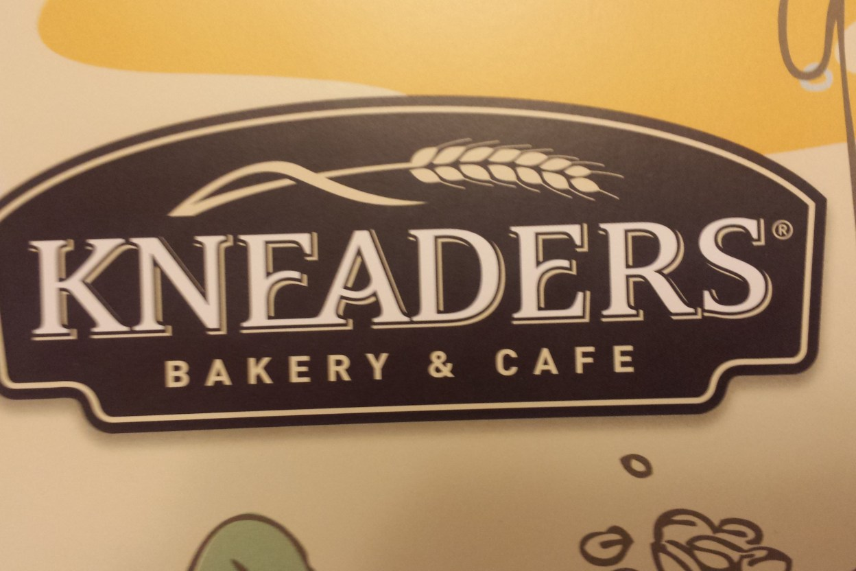 Kneaders Bakery & Cafe Opening