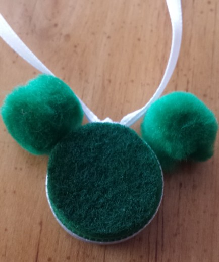 Lucky Penny Mickey Mouse - #StPatricksDay Craft