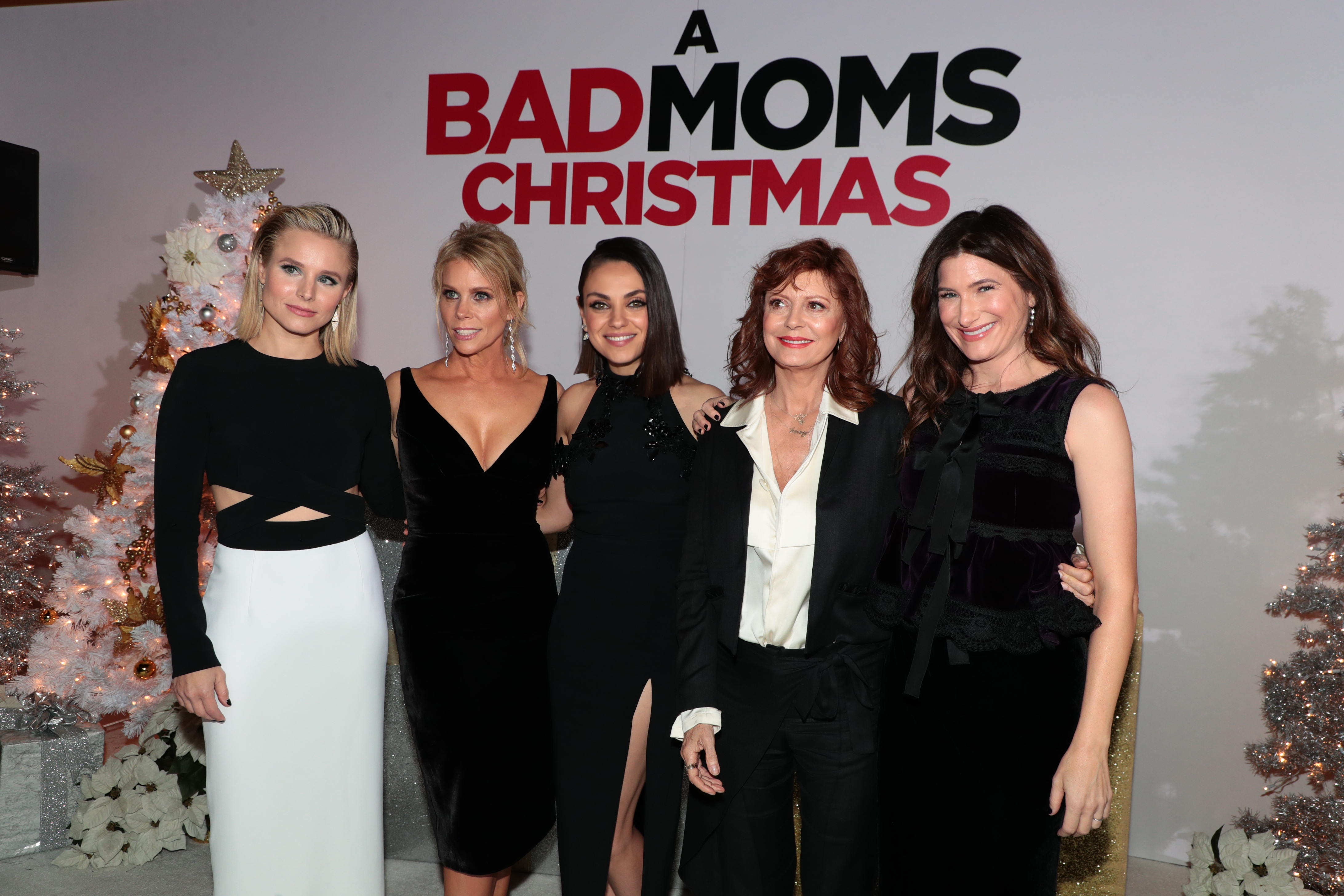 a bad moms christmas puts moms on the naughty list cast interviews - Black Christmas Cast