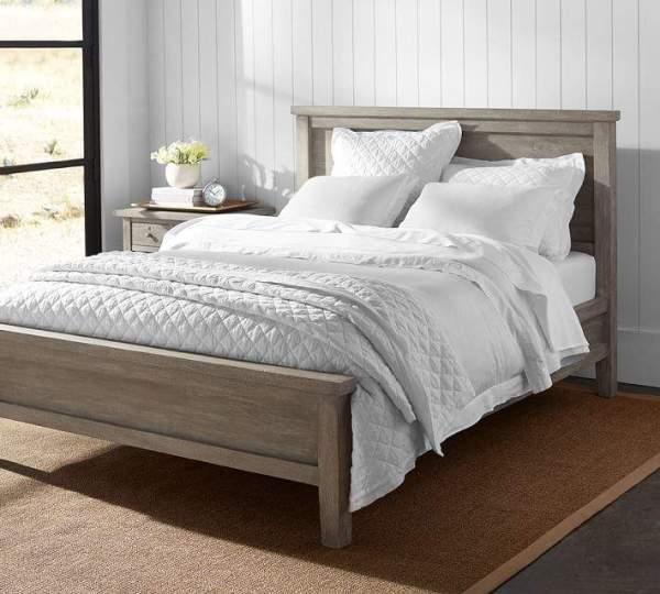 Farmhouse Bed || Motherhood in May