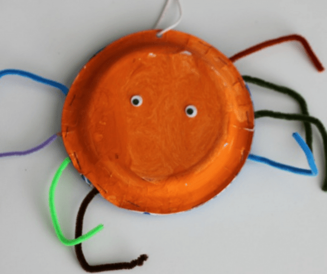 Easy Spider Paper Plate Craft - Halloween Crafts for Toddlers
