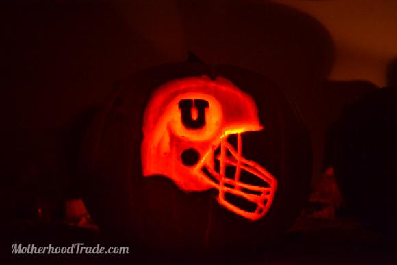 utah-utes-helmet-pumpkin-carving