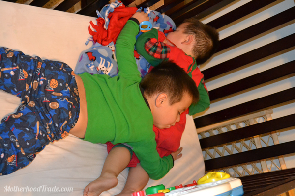 hilarious-moments-sleeping-on-brother