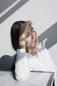 Early pregnancy sign-headaches