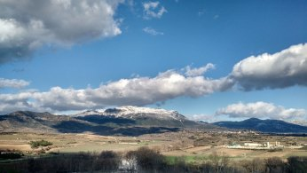 Mountain overlooking the Ebro