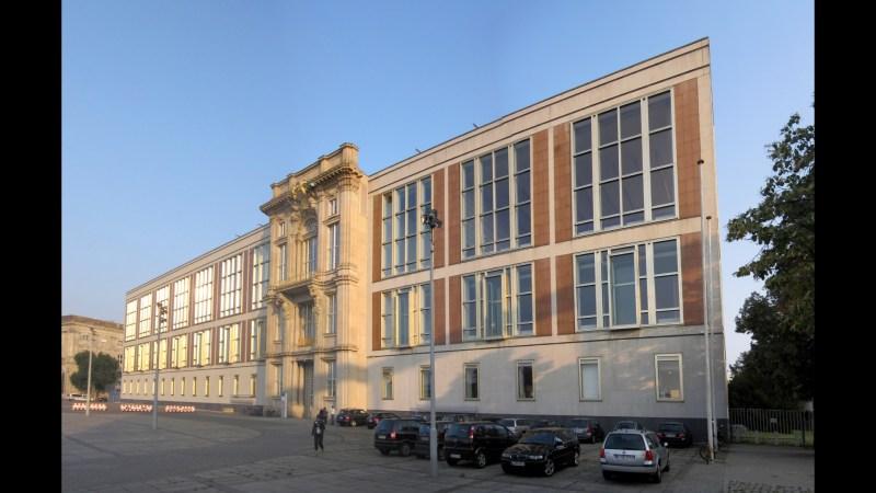 Liebknecht_Portal_Staatsratsgebäude