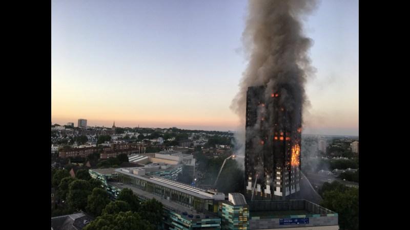 Brand im Londoner Grenfell Tower.
