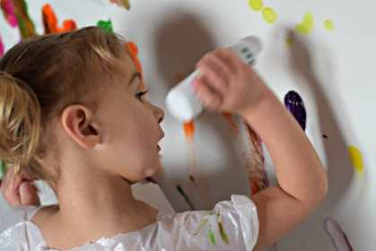 100's of arts/crafts ideas for kids