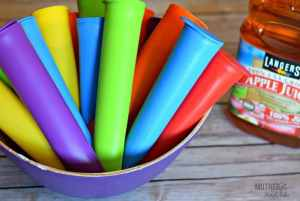 Make Your Own Reusable Otter Pops (but WAY healthier)