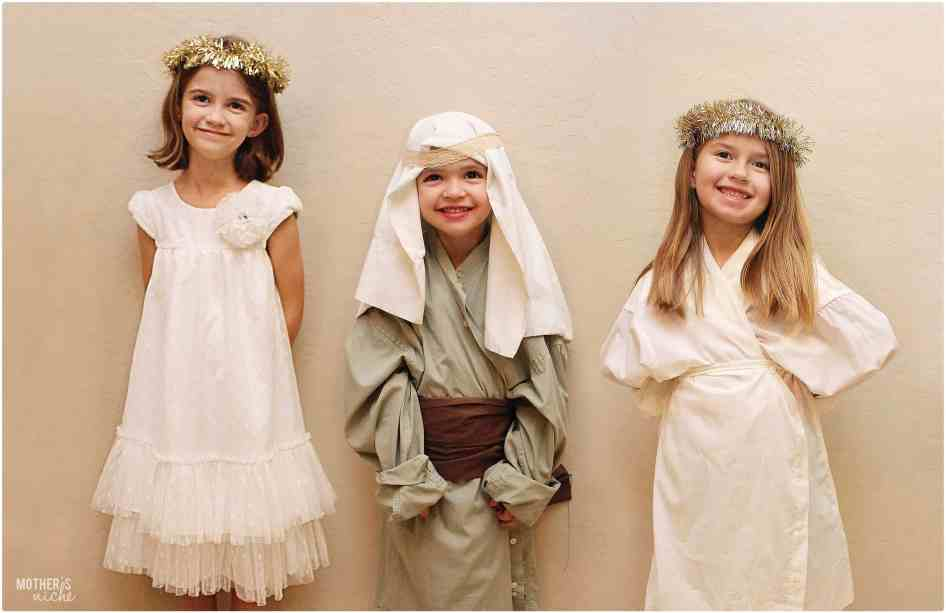 Act out the Nativity story