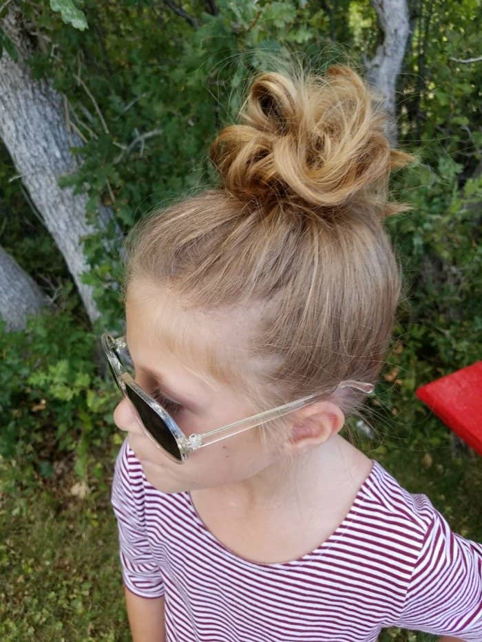 How to do a messy bun really quickly on little girls