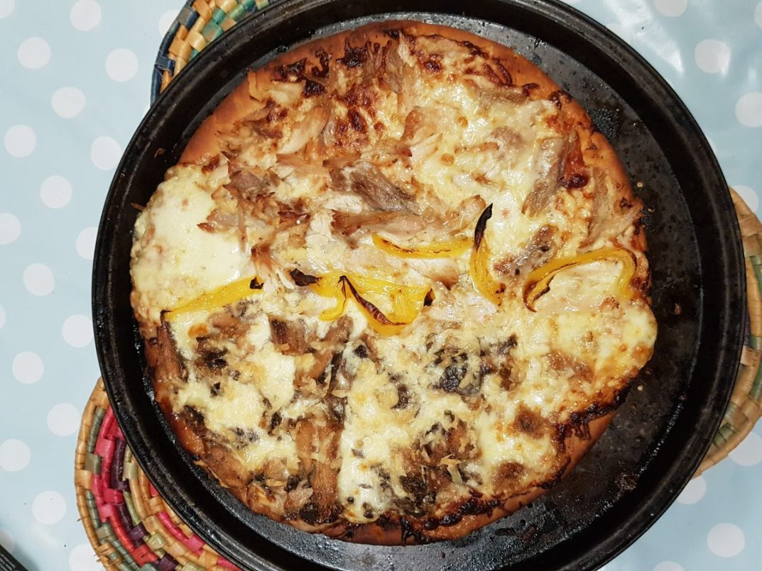 A cheat recipe for a quick, economic and healthy pizza - cooked sardine pizza